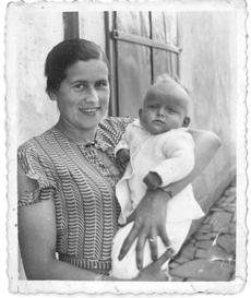 Researcher Karolina Panz helped determined the fate of Applefield's mother Maria Singer (shown holding child) and other family members.